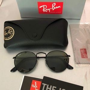🍓SALE🍓New Ray Ban Round Black Frame
